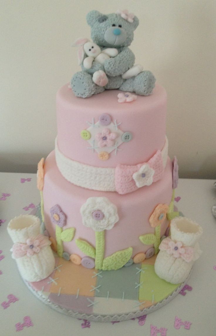 Baby Shower - Baby girl shower cake BEAR IS CUTE!