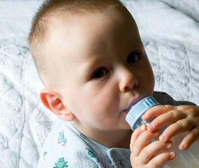 "Does Baby Formula Have Fructose? ~ This article says that ""Fructose, the natural sugar in fruits and vegetables, is healthy and safe for your baby."" So, putting sugar in baby formula is a good thing? Haven't they heard of the growing epidemic of obese infants?"