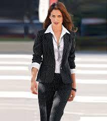 Resultado de imagen para modelos de trajes ejecutivos para abogadas