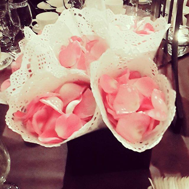 가장 아름다웠던 신부 💑 @hyojin_kim414  #플라워샤워 #flowershower  #gs아모리스