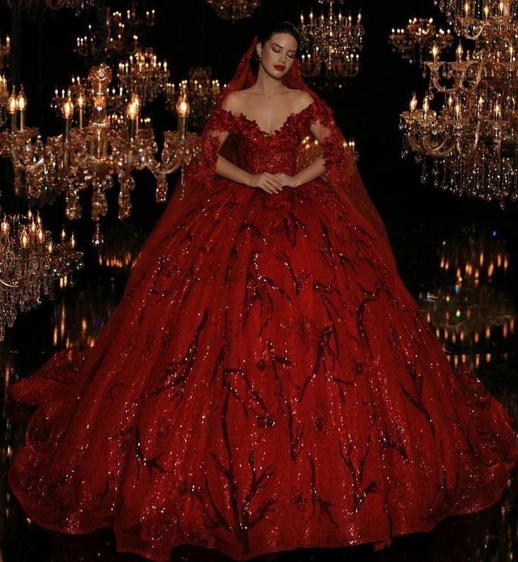 "2,293 Likes, 11 Comments - The World of Dresses (@elbisedunyamm) on Instagram: ""Dreamy! . . . ..Follow @ElbiseDunyamm .Follow @ElbiseDunyamm . . . Frida Xhoi Xhei . . .…"""