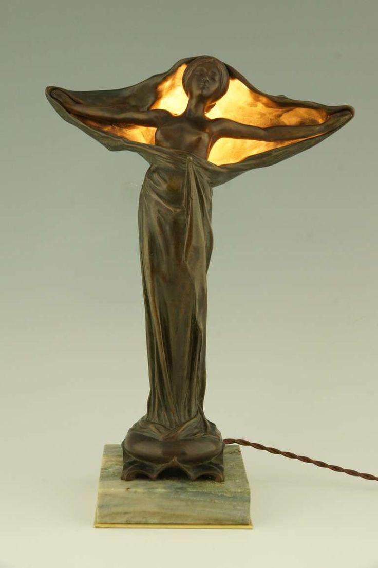 Art Nouveau figural bronze lamp by Victorin Sabatier, France 1900.