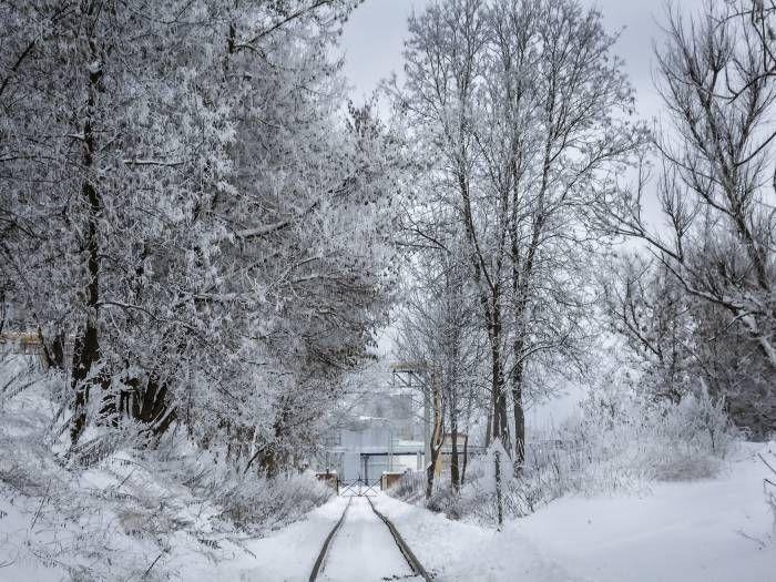 Внимание! Из-за гололеда на некоторых трассах снижен скоростной режим Совсем немного времени остается до наступления Старого Нового года. По народным приметам, погода в эту ночь – это, своего рода, метеорологические предсказания на весь год. Фото unpictures.ru А, по