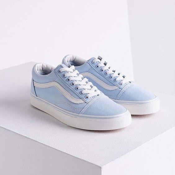 Trendy Sneakers 2017/ 2018 : ❄️ Vans Old Skool… . . . ☝️Link in bio to shop