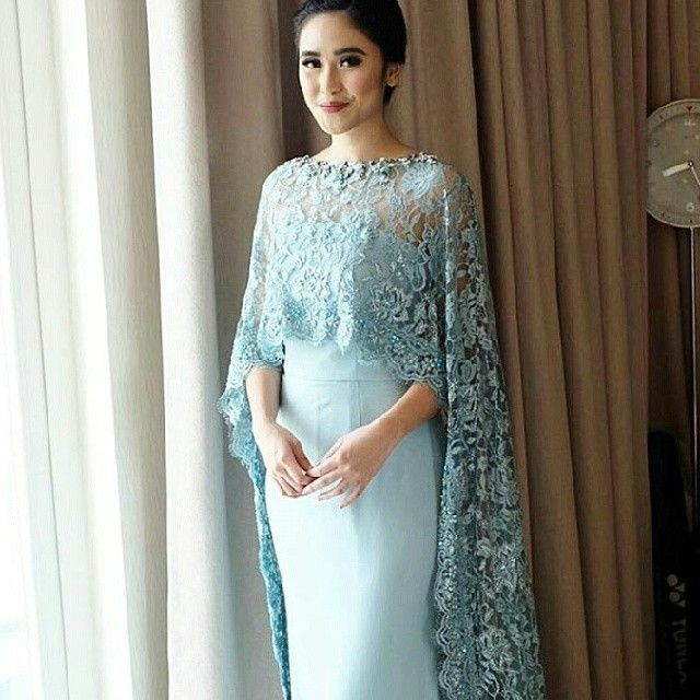 "14 Likes, 1 Comments - kebaya ootd hijabootd (@iklankebaya) on Instagram: ""Inspirasi kebaya,kutubaru,dress,dll @kebayadandress #dress #kutubaru #longdress #minidress #skirt…"""