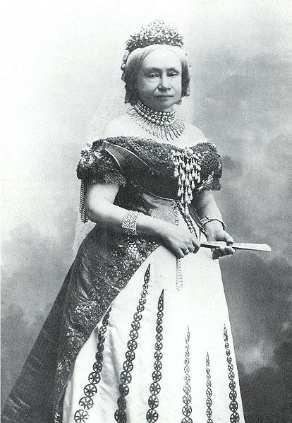 Princess Sophie of the Netherlands (Wilhelmine Marie Sophie Louise; 8 April 1824 – 23 March 1897) was the only daughter of King William II of the Netherlands and of his wife Grand Duchess Anna Pavlovna of Russia. She was heir presumptive to her niece, Queen Wilhelmina of the Netherlands, for seven years, from the death of her brother until her own death.
