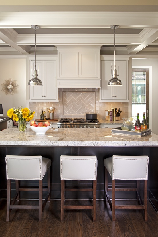 Love the low bar and low back  stools that you can push under and out of the way. I smell a remodel soon!