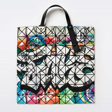 BAO BAO ISSEY MIYAKE I have loved these for so long now. Must get my hands on one ASAP <3