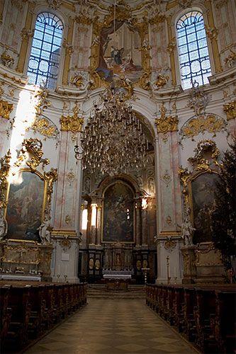 Neuschwanstein Castle Interior | Neuschwanstein Castle interior and The Best Apartments in Schwangau