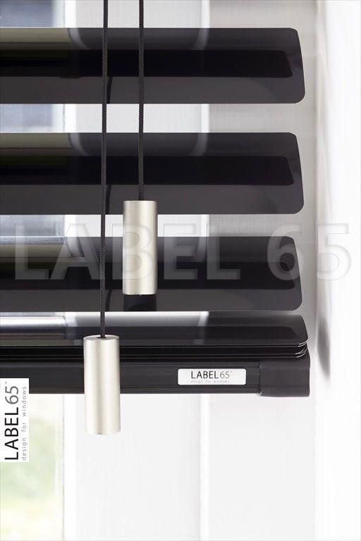 Metalen koordhangers geven de aluminium jaloezie een extra moderne uitstraling!