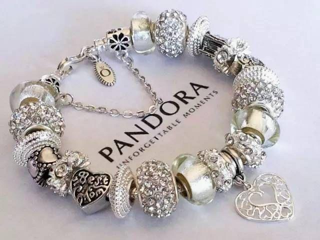 braccialetto pandora ciondoli