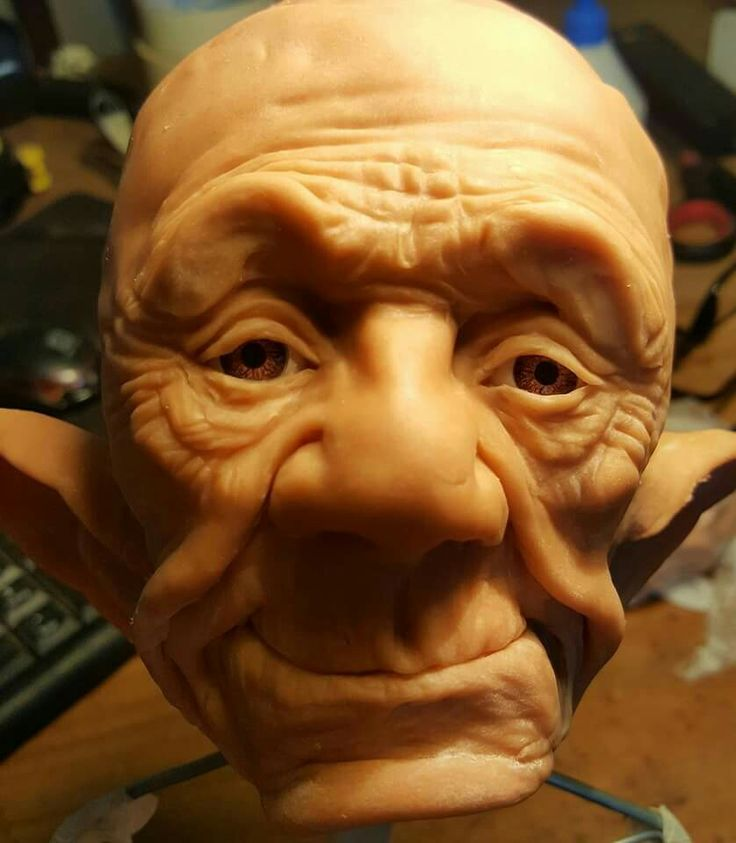 Resultado de imagen para como pintar caras de duendes talladas en madera