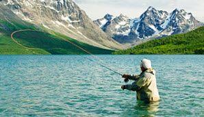 Fliegenfischen in Lyngen, Troms, Norwegen - Foto: CH/www.visitnorway.com