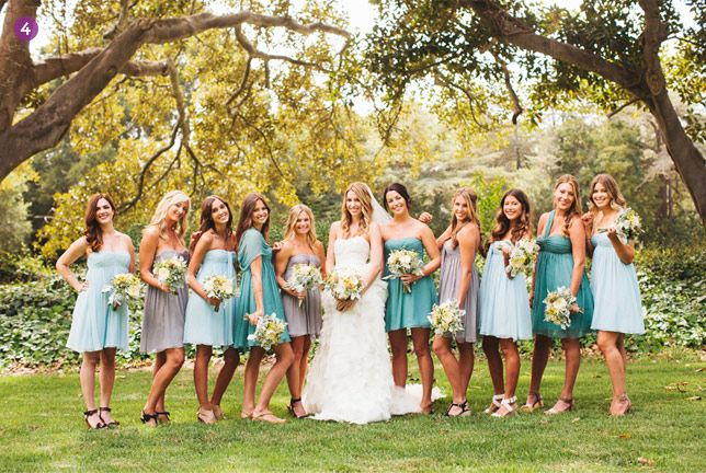 Blue & Grey Mismatched Bridesmaid Dresses // I love that the bridesmaid dresses arent exaclty the same!! they compliment eachother perfectly