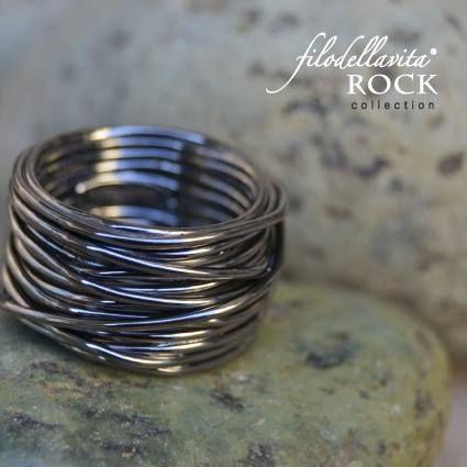 L'anima Rock di un anello Filodellavita!   www.filodellavita.com