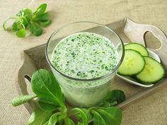 Anti-Heißhunger - Detox-Smoothie - nach Ursula Karven | http://eatsmarter.de/rezepte/anti-heisshunger-detox-smoothie