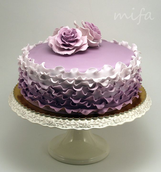 Roses and Ruffles in Violet