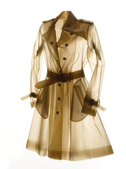 Ooooh so gorgeous: Terra's Stylish Raincoats Make Biking in the Rain Look Oh So Chic : TreeHugger