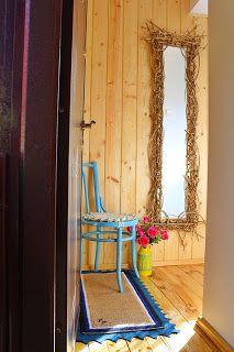 uncinetto moda e fantasia:   specchio ricamato con accessori in legno e tinto...