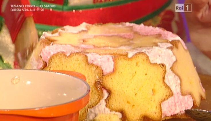 """La ricetta della cupola di pandoro e gelato di Anna Moroni del 30 dicembre 2015 a """"La prova del cuoco""""."""