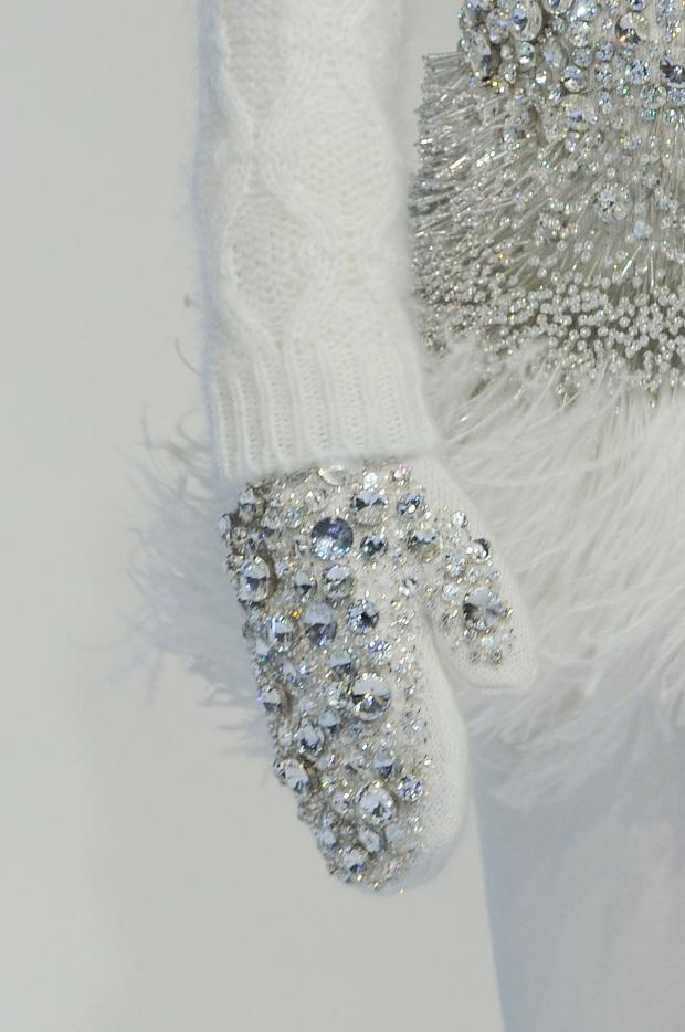 crystal jewel embellished mittens - Moncler Gamme Rouge