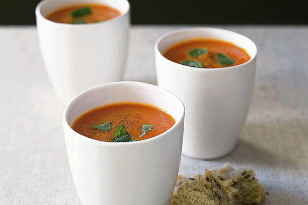 roast capsicum and tomato soup recipe from the csiro total wellbeing diet