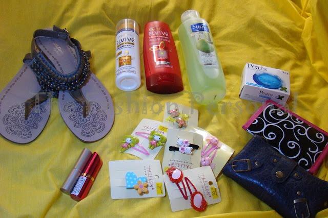 http://thefashionpersonal.blogspot.com/2012/07/collective-haul-accessorizelorealrimmel.html