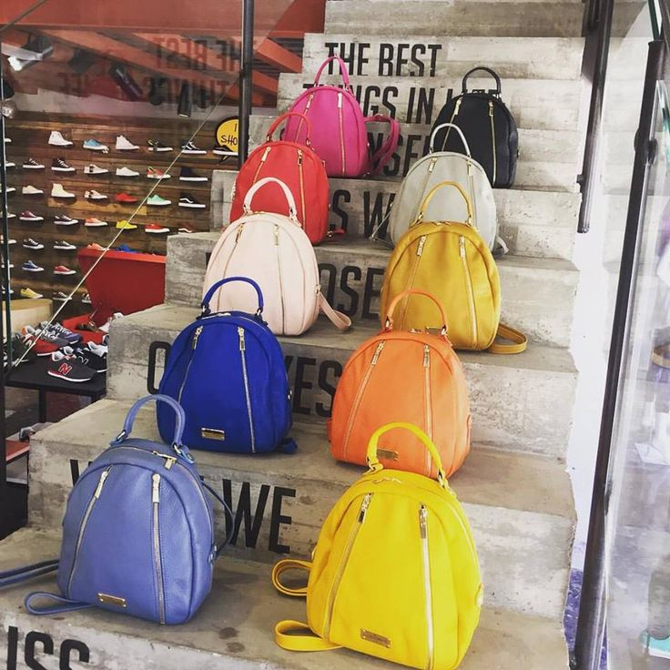 Say hello to the Thea mini backpacks - your new next addiction by #santorpe