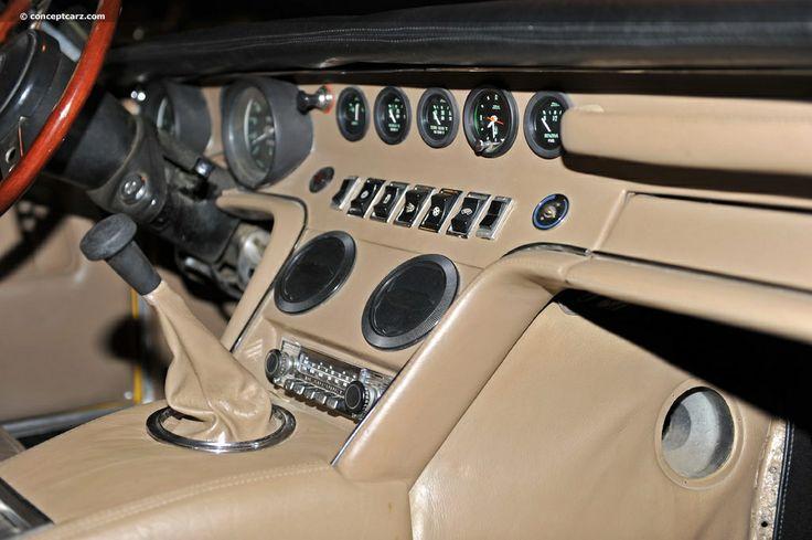 Maserati Ghibli 1973 interior