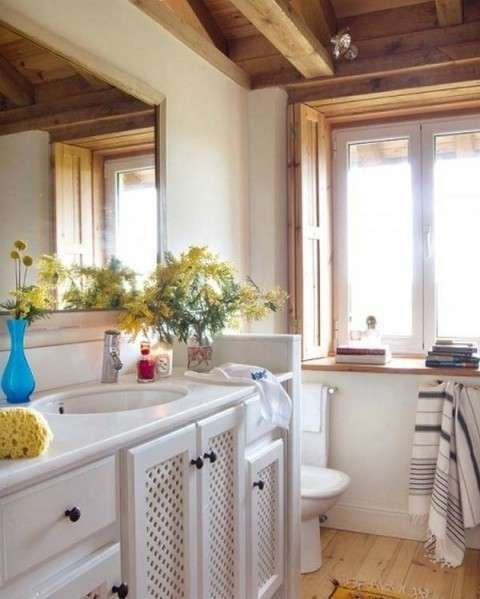 Detalle decorativo de un baño rural - Fuente: Pinterest