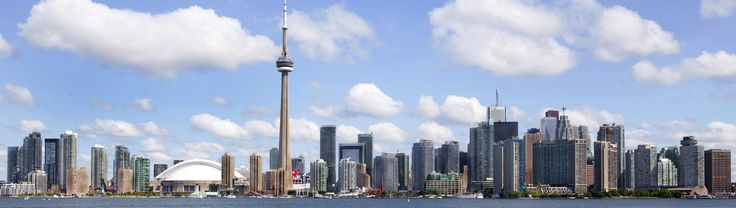 Spending a weekend in city like Toronto offers a wide range of activities. Some things to do in Toronto this weekend include visiting boat show, jazz festival, taking a cruise or solving a mystery murder at dinner theater. Toronto is vibrant, especially during weekend. If you're one of those people who love to be adventurous over weekend, then best things to do in Toronto this weekend are canoe tours to Toronto islands, treetop trekking etc. Explore more details here…