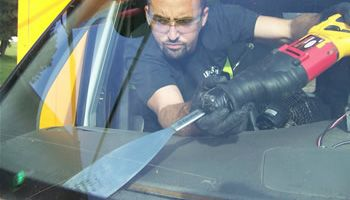 Affordable Truck Windshield Glass Repair & Replacement Services in Brampton