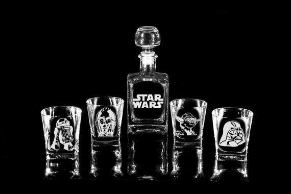 Jarra de whisky de cristal STAR WARS Set (17 oz.) y 4 gafas de regalo de Navidad C-3PO R2-D2 Yoda Darth Vader regalo para regalo de jarra padres hombres