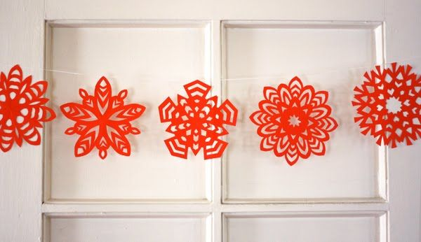 These are so beautiful5 Point, Christmas, Paper Snowflakes, Winter Wonderland Birthday, Crafts Tutorials, Make Paper, Snowflakes Garlands, Paper Crafts, Windows Treatments