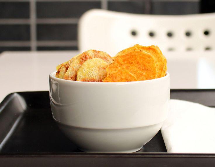 Kartoffelchips und Süsskartoffelchips aus der Mikrowelle