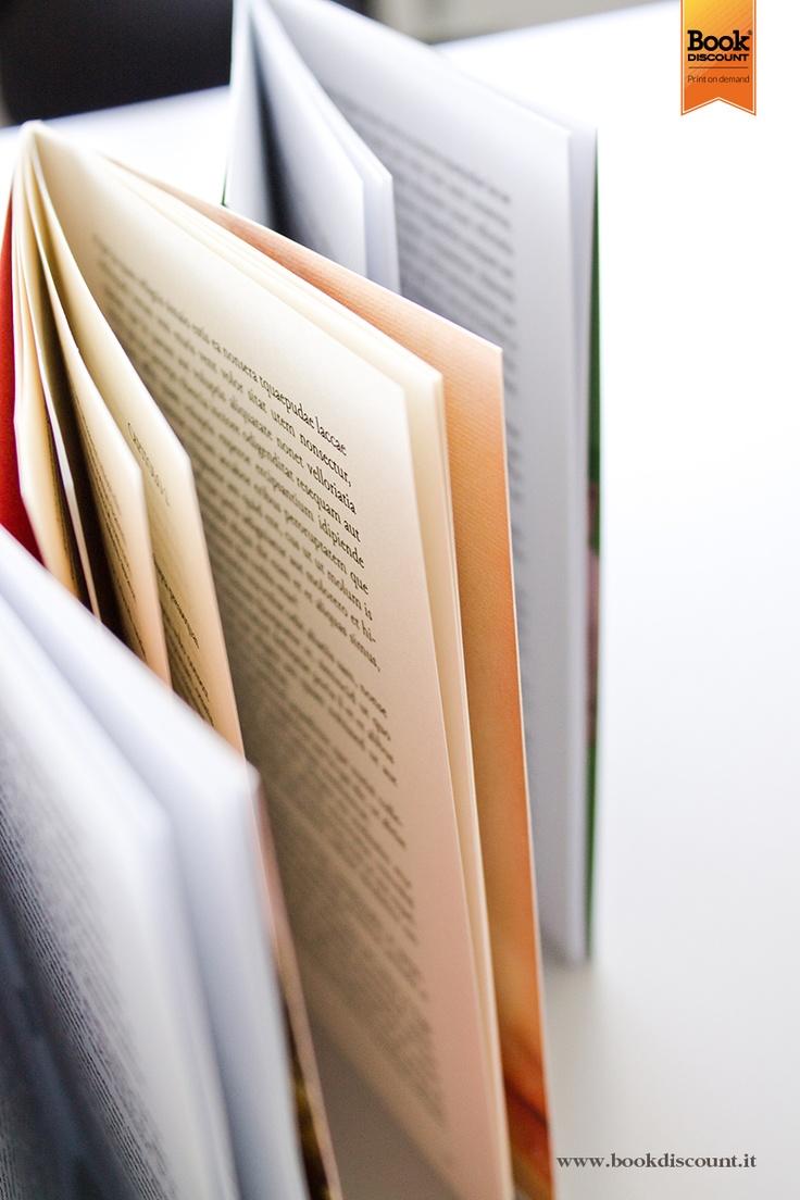 Osserviamo i #libri dal nostro punto di vista e li immortaliamo. Sta diventando una mania che ci accompagna nelle nostre giornate @Kaitlyn Gaudion Discount