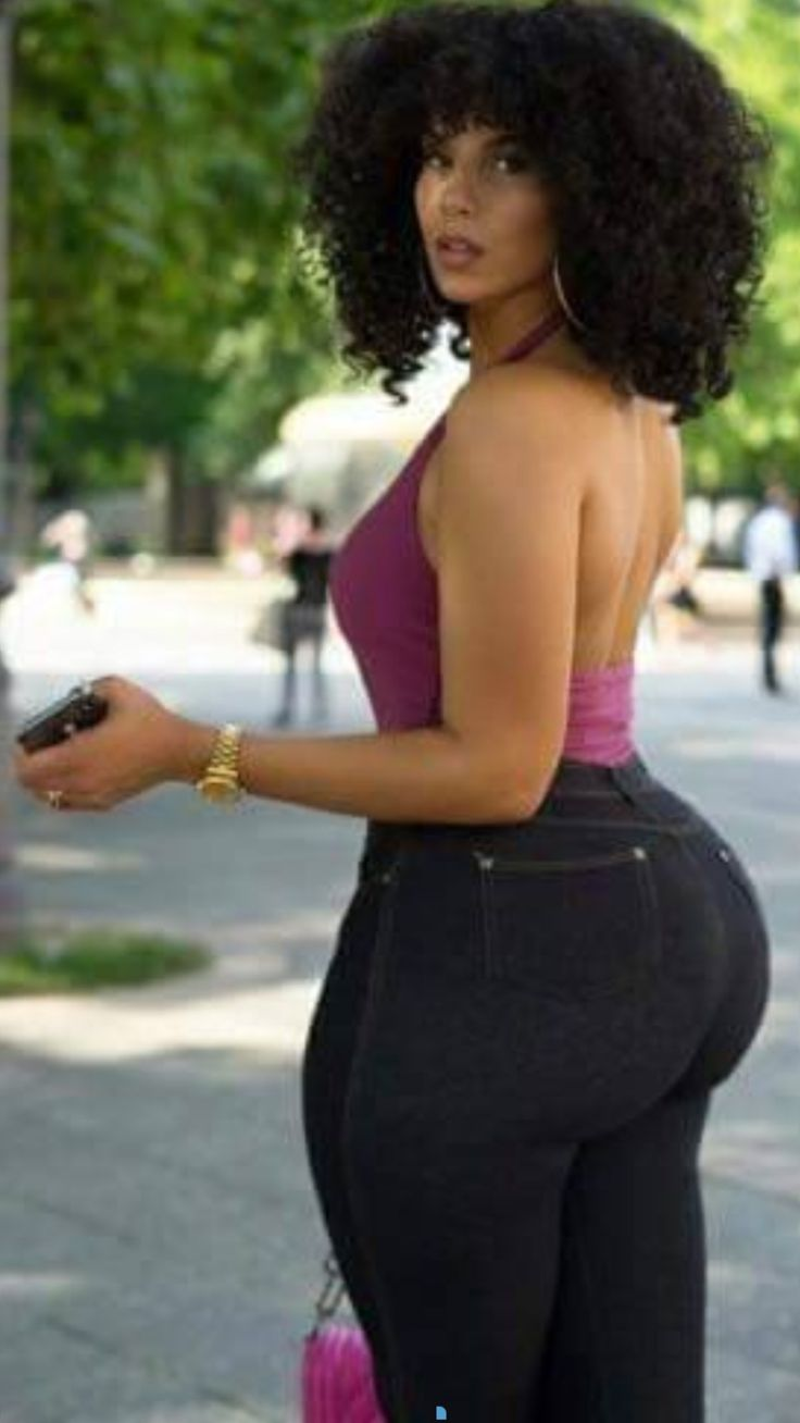 Purple Top, Black Jeans  Twerking  Pinterest  Curvy -6598