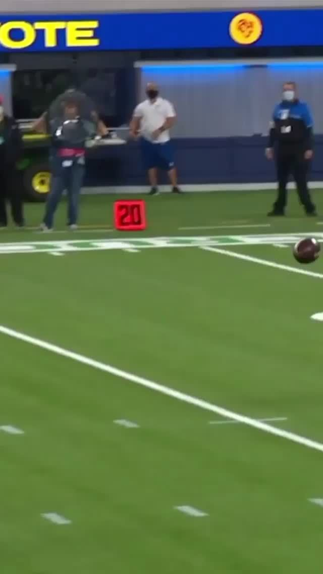 Only Highlights Onlyhighlights On Tiktok Anthony Miller With A Sick Catch Nfl Football Losangeles Chicago Bears Rams Mondaynightfootball Crucialcatch