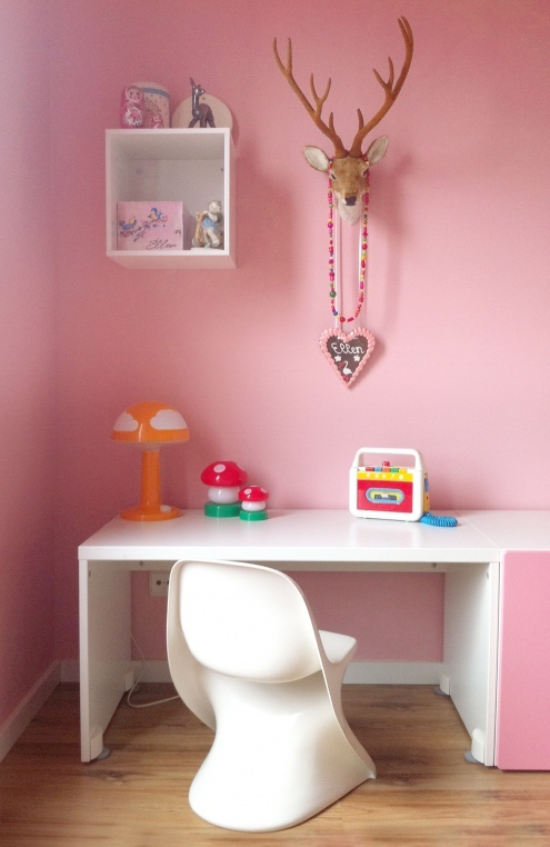 cute idea to do deer room for boy/girl shared room: Kids Desks, Pink Pink Pink, Modern Chairs, Animal Head, Deer Head, Pink Wall, Cool Ideas, Girls Rooms, Kids Rooms