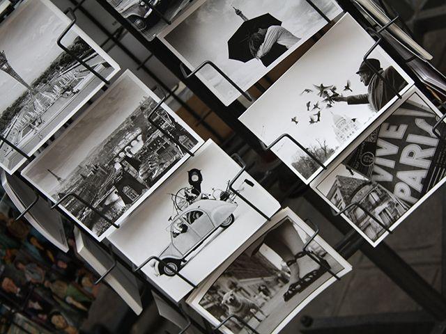 """El pasado miércoles29 de mayo de 2012, se celebró en Paríslainauguraciónde laexposición temporal """"Narmada"""". Este nombre se refiere a uno de los siete ríos sagrados de la India y una fuente deinspiración para el fotógrafoTiery B(clickhere). Durante los seis días que duró la muestra, los visitantestambién pudieron observar algunasobras fotográficasde Anhmaka, el artista invitado. Unambienteacogedor, […]"""