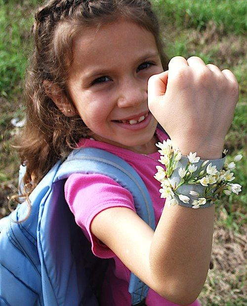 Nature Walk Bracelet-With treasures picked up during outdoor walks and hikes, your child can make a fashionable bracelet. As she finds interesting objects, she attaches them to tape (the sticky side is on the outside) that's been tied around her wrist. Afterward, plastic wrap will protect her new finery, which doubles as a summer keepsake.Genius Camps, Camping Hacks, Nature Walks, Sticky Side, Ducttape, Duct Tape Bracelets, Keepsake Bracelets, Kids, Camps Hacks