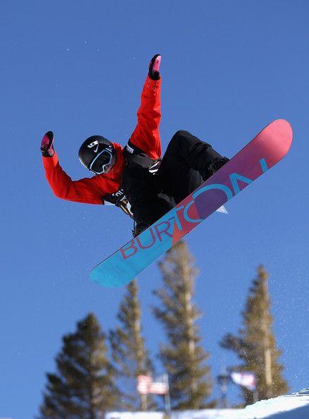 Ellery Hollingsworth Snowboarder   Ellery Hollingsworth competes in the ladies snowboard halfpipe finals ...