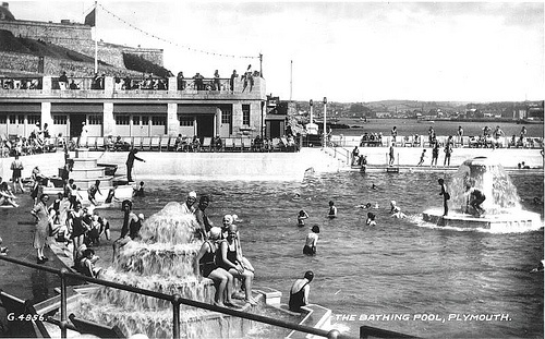 The Lido at Tinside, Plymouth Hoe 1930s, via Flickr.