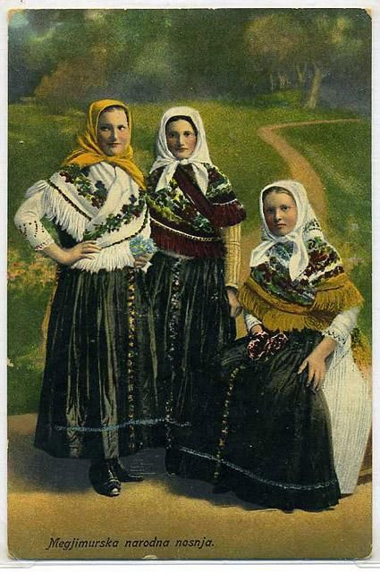 1915 - traditional costume
