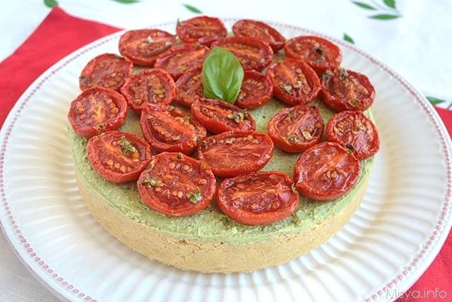 » Cheesecake al pesto e pomodorini Ricette di Misya - Ricetta Cheesecake al pesto e pomodorini di Misya