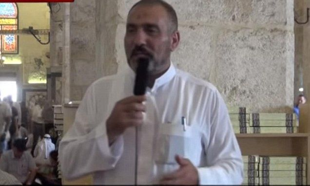 Imam tells Muslim migrants to 'breed' and 'conquer their countries.' Don't worry, it's okay, he's not a real Muslim. Phew! that's alright then, what a relief.