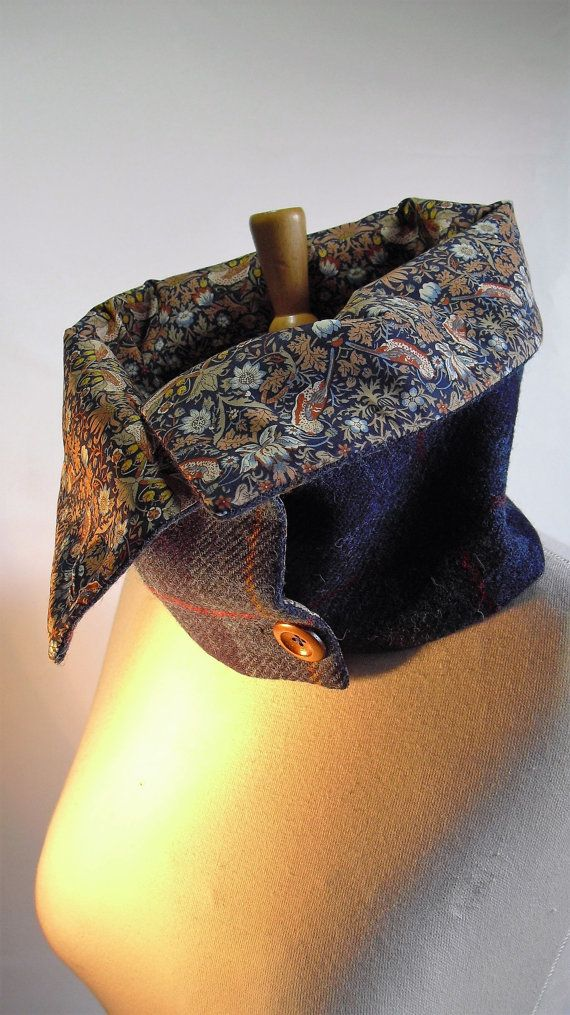 HARRIS TWEED Scarf/Cowl/Neckwarmer with Liberty Tana Lawn lining