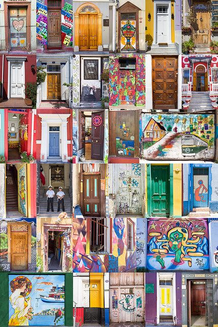 Varias Puertas de Valparaíso.