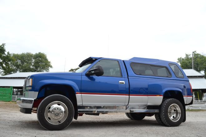 This 1993 GMC 3500HD is a trailer towing King with a 7.2L Caterpillar engine swap