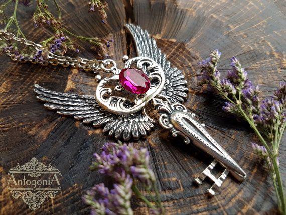 Alas de plata plateado llave rosa collar dijes, joyas Goth, esqueleto clave steampunk, steampunk joyería colgante, colgante de fantasía, alas teclas